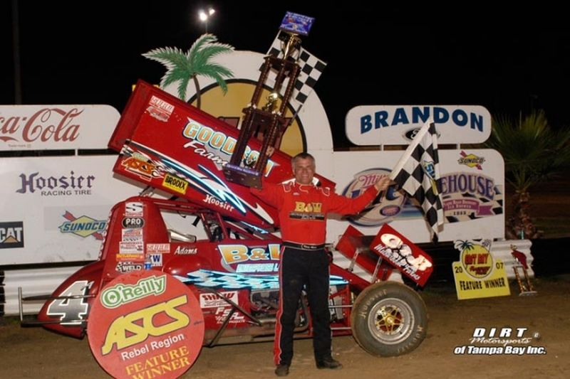 Kenny Adams racked up $4,900 in winnings by sweeping ASCS Rebel Region action