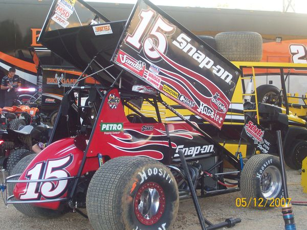 Schatz in the Snap on car