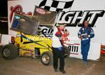 Chris Glass recieves his trophy for winning the Main Event @ Santa Maria,Ca. Jun